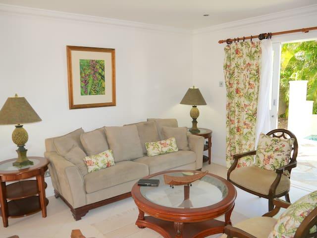 Luxury 3 bed Villa - Pool & Beach - Gros Islet - Villa