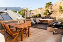 Stylish Villa, Rooftop Terrace&View and Parking