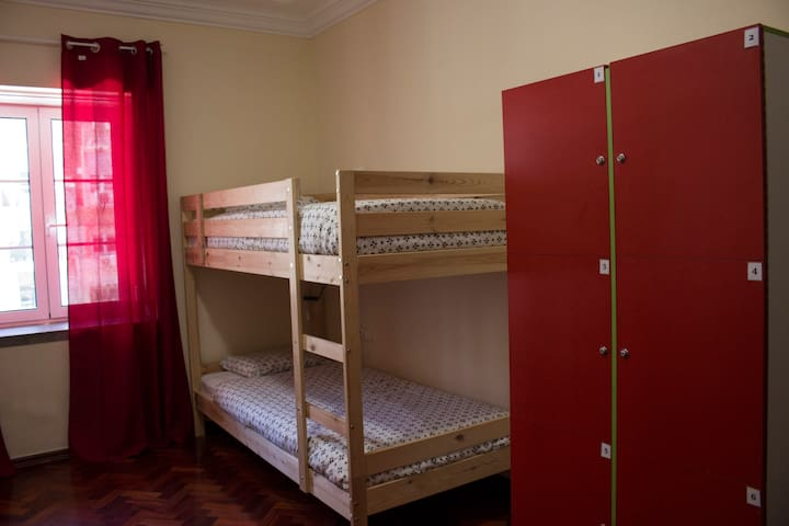 Shared mixed bunkbed room 1