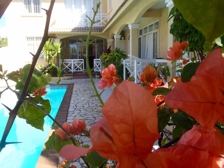 Villa la Joliane
