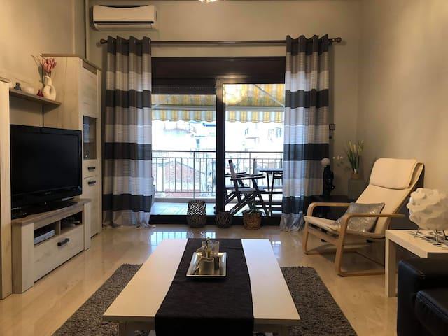 Άνετο, κεντρικό διαμέρισμα!