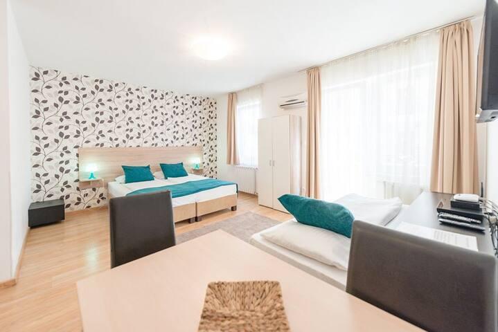 Prince Apartments Studio