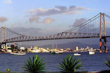 Apto Centro de Florianópolis Pça XV - Florianópolis