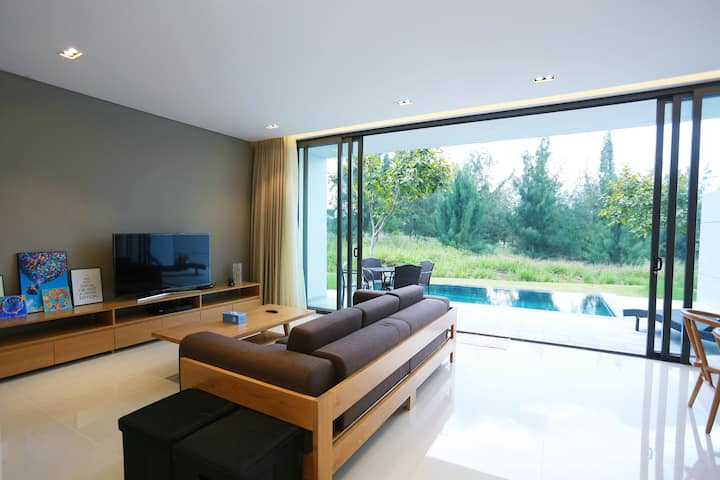 Modern Designed 3 BR Golf View Point Villa
