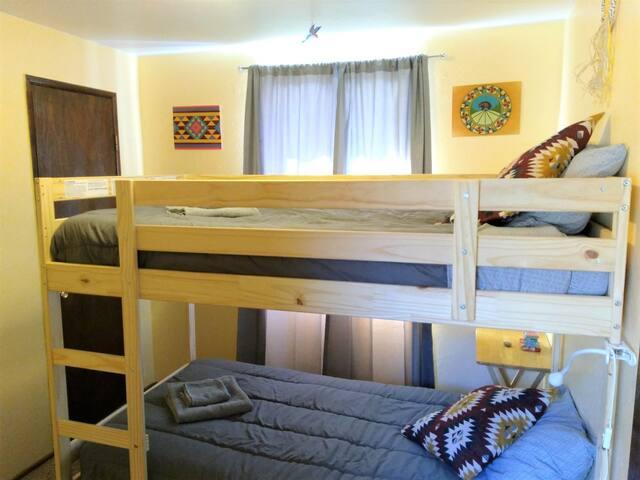 'Serrano Room' Serenity with Breakfast!