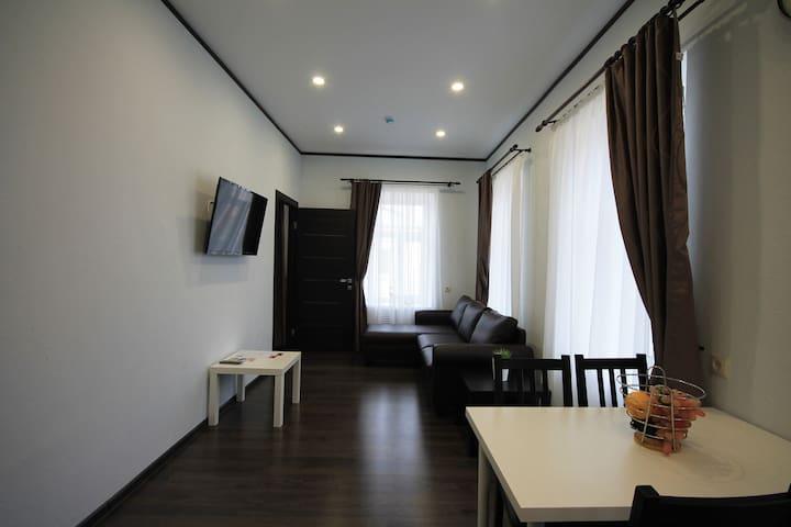 Апартаменты купчихи Морозовой 4-местный люкс