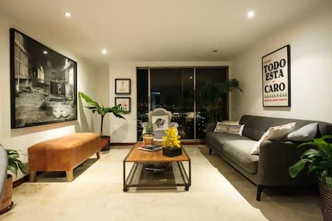 Lovely Room in beautiful Apartment in  El Poblado