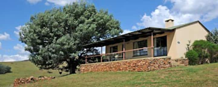 Dullstroom Cottages - The Windsong