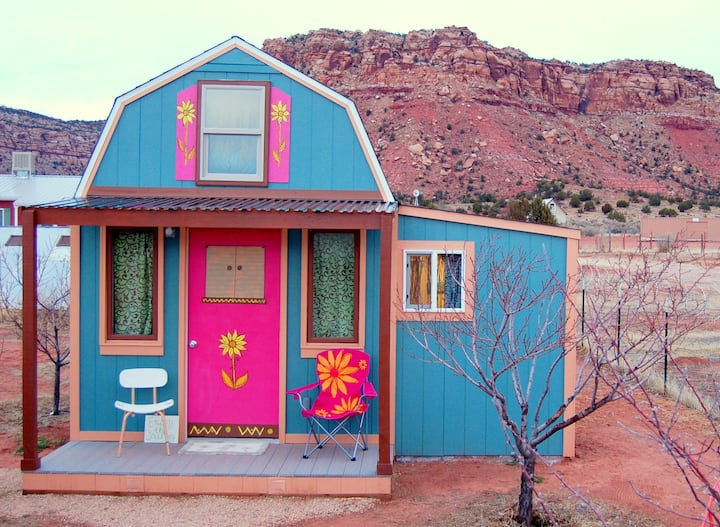 Tarzan's Hideaway: Tiny Home by Zion National Park