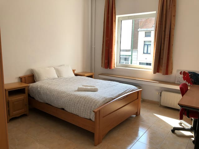 Private room in Brussels (Anderlecht)