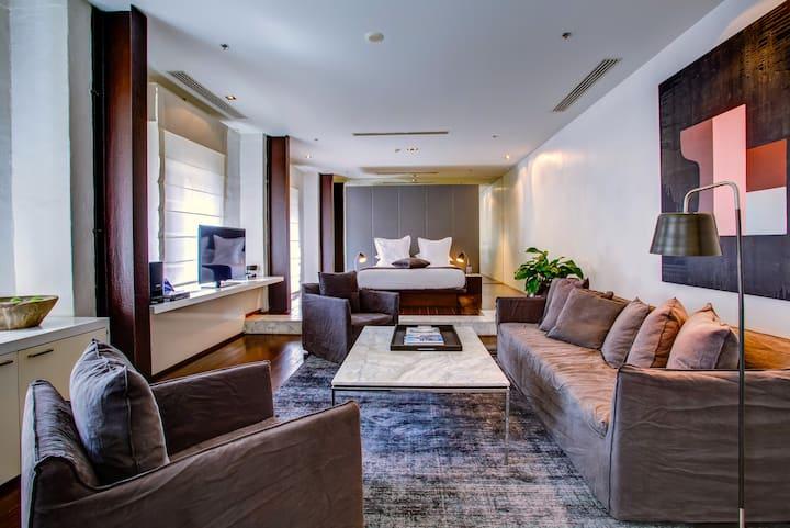 The Loft Suite – 100sqm of modern loft space