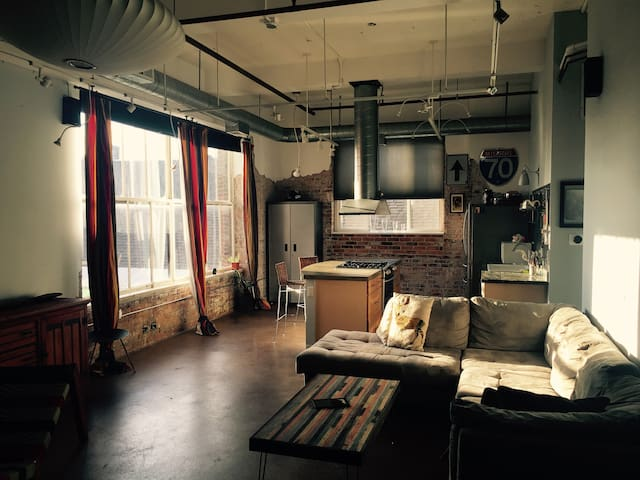 Highly Reviewed - Upscale Modern Industrial Loft