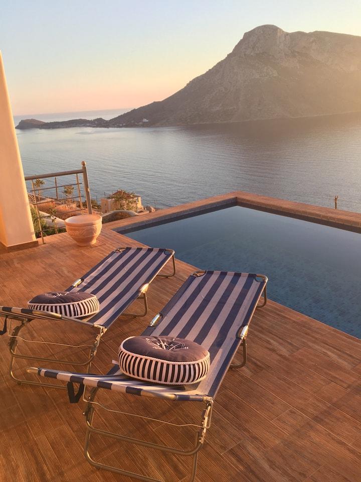 Kastelli Sunset Villa: Deluxe floor