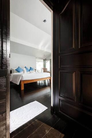 Modern Jasmine Villa in Koh Tao!