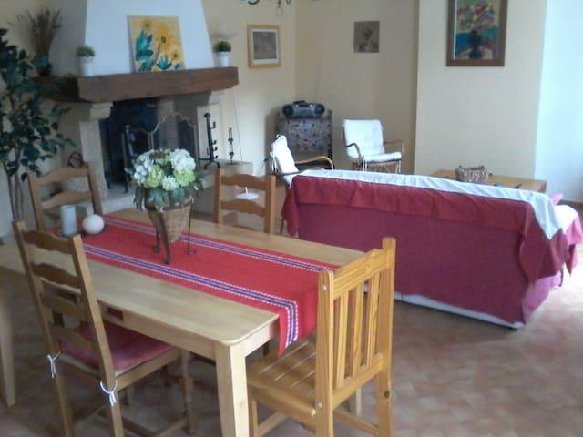 gite au coeur des vignes - Tuchan - Apartamento