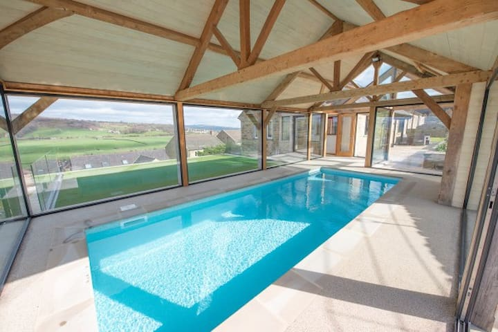 The heated integrated pool offers outstanding views from each side