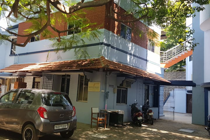 Seva Guesthouse 1 - @ Heart of Chennai, Royapettah