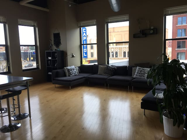 Downtown Flint Loft
