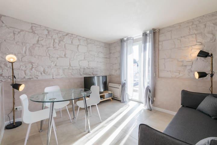 Sanremo Casa del Limone Spiagge (008055-LT-0310)