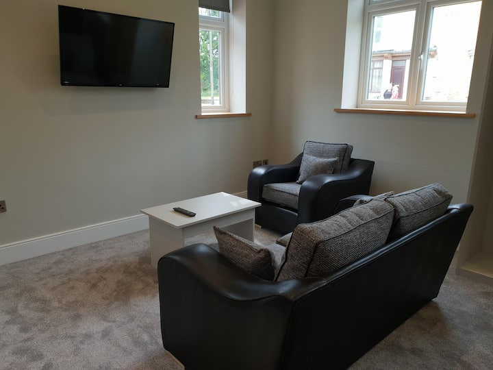 Two bedrooms apartment at The North Briton