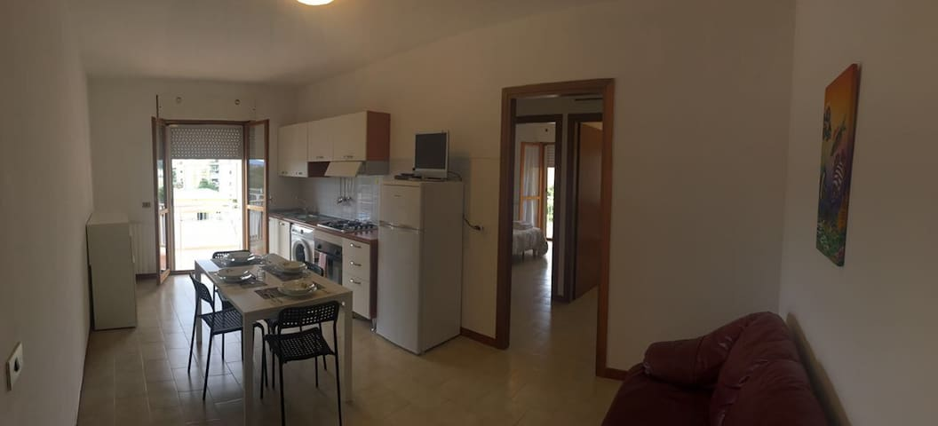 Delizioso appartamento silenzioso.............. - Terracina - Apartmen
