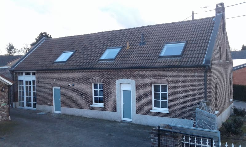 """Fietsen/wandelen/relaxen bij """"Aan Maas en Grens"""" - Kinrooi - House"""