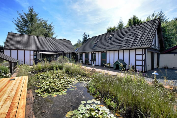 Peaceful Holiday Home in Bütgenbach with Garden