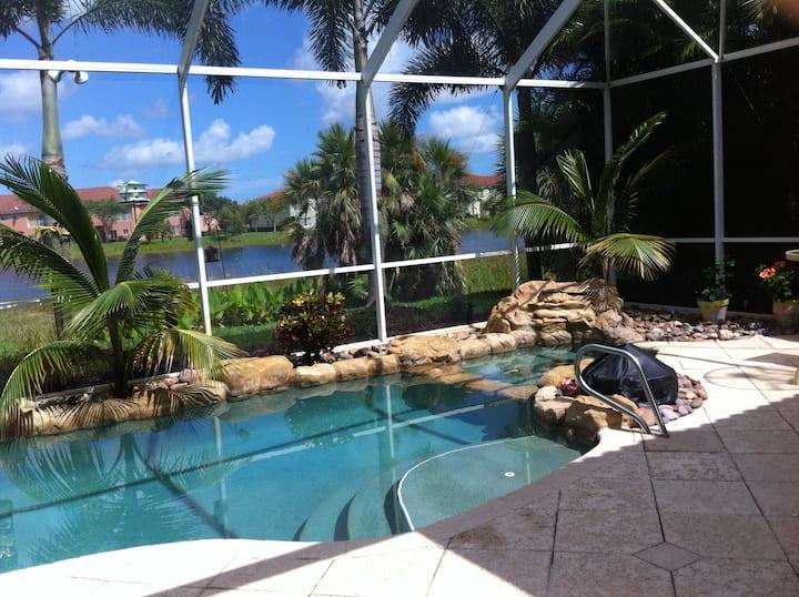 Tropical Pool /Lake = Fl Keys