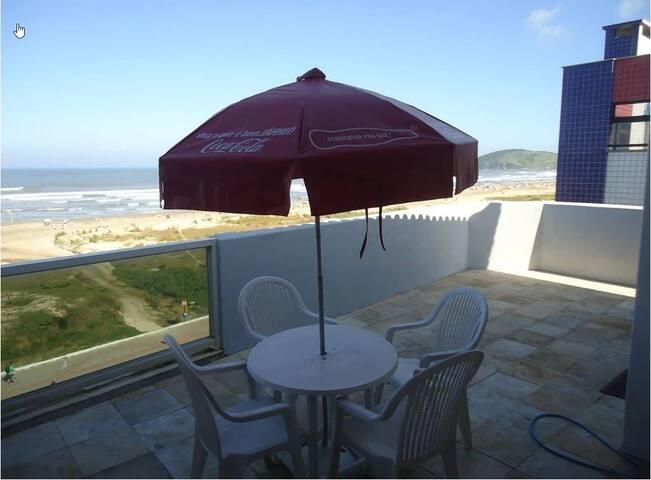 Cobertura Beira-mar Praia do Mar Grosso