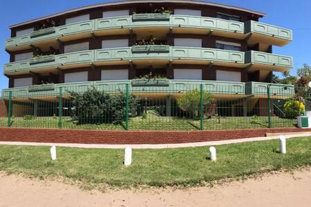 Duplex en Villa Gesell para 8 personas