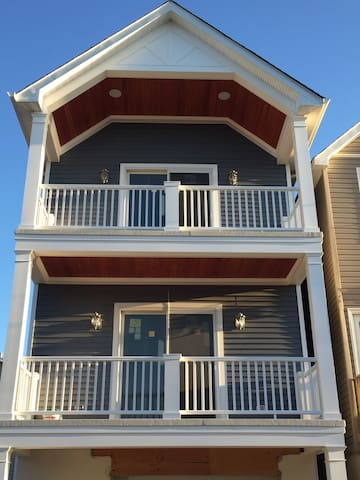 New 1BR Apartment For Summer Available - Sea Bright - Apartment
