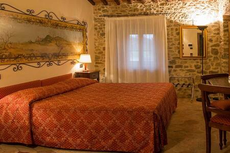 Country Resort Poggiomanente - Umbertide - Penzion (B&B)