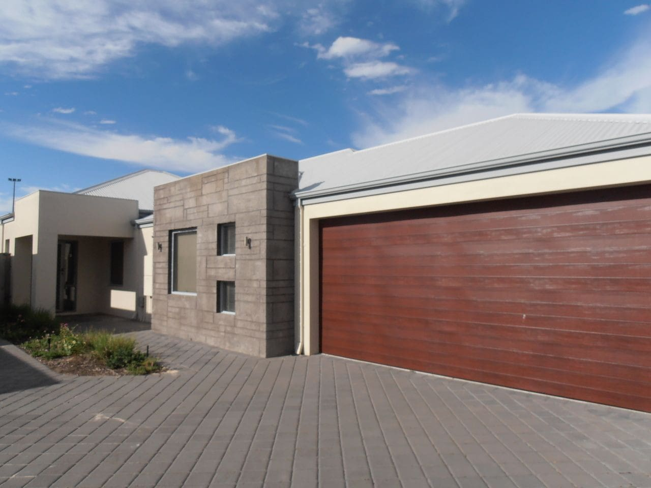 Beautiful, secluded 3x2, one of a block of four units nestled in the heart of Ellenbrook. The property includes a double garage with remote control, exclusively for guests use.