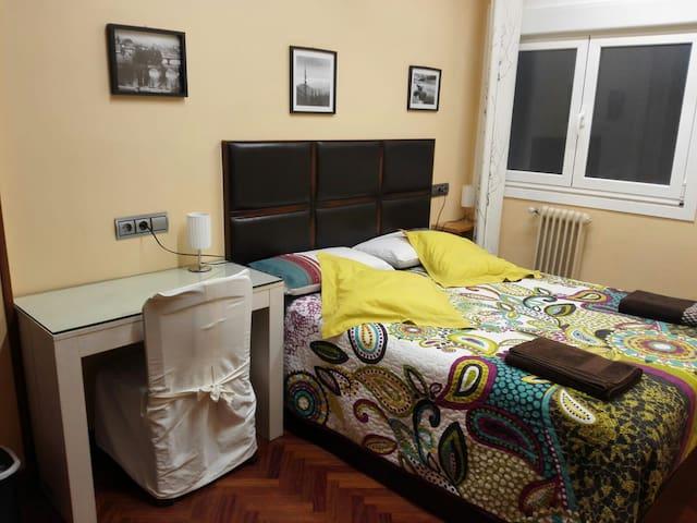 Habitacion confortable  - LSS00086