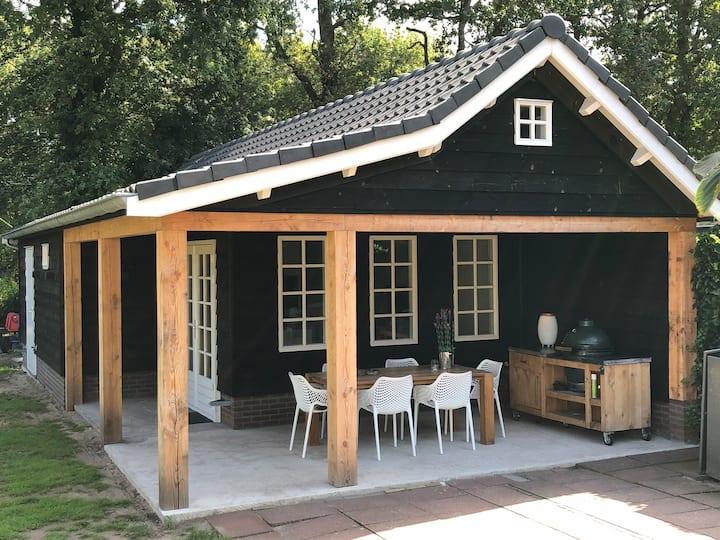 Luxe chalet bij Haarlem, Zandvoort en Amsterdam
