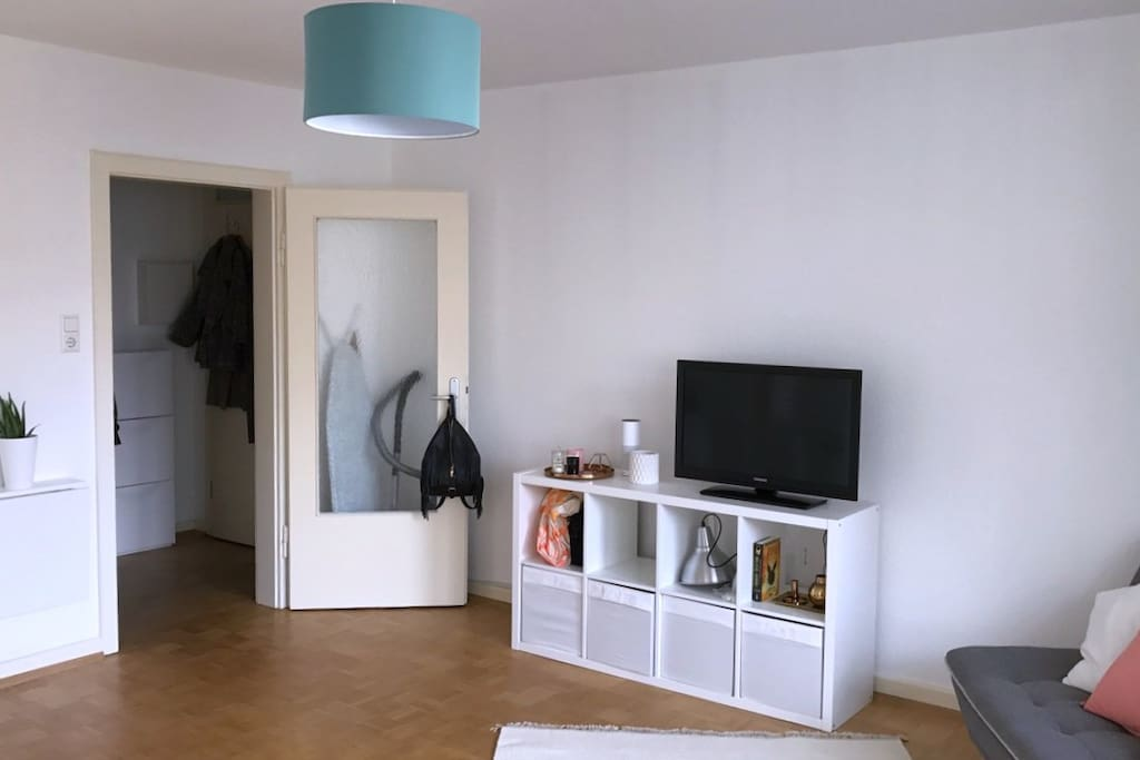 Wohnzimmer Eingang/ Living room Entrance