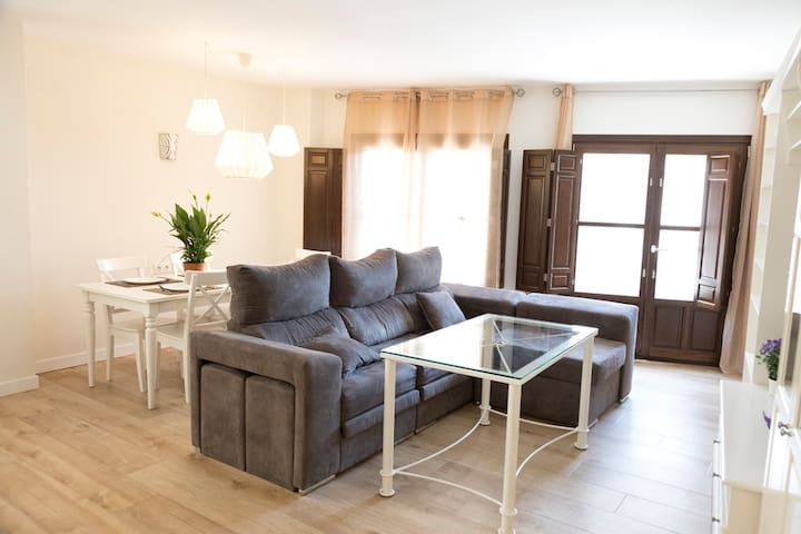 Luxury Apartment with 3 bedrooms Sol Real 1