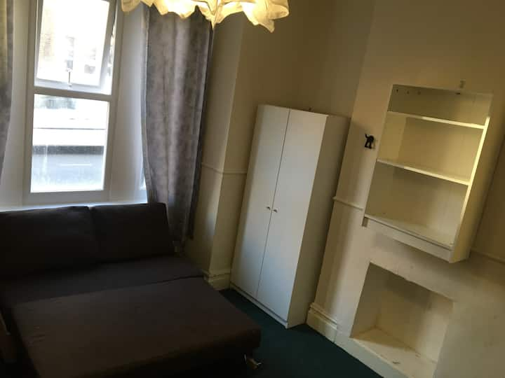 Room in Ladywell