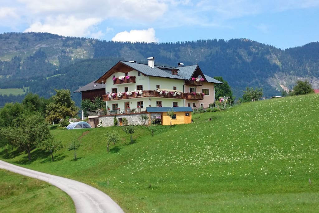 Biohof Haus Wieser Abtenau Salzburg Sommer