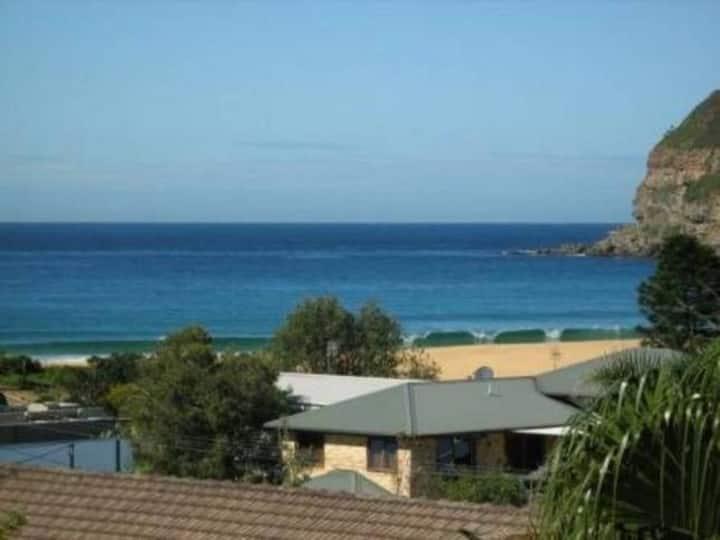 Jean's beach house. Ocean views, close to beach.