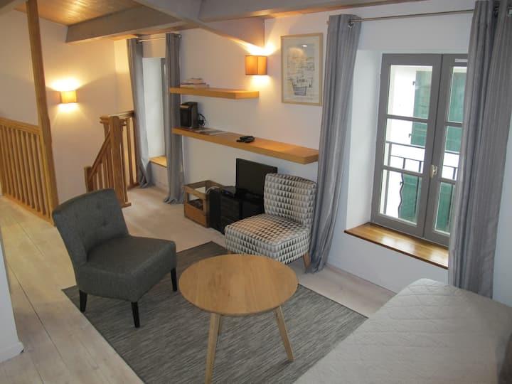 Confortable petite maison de village à la Couarde