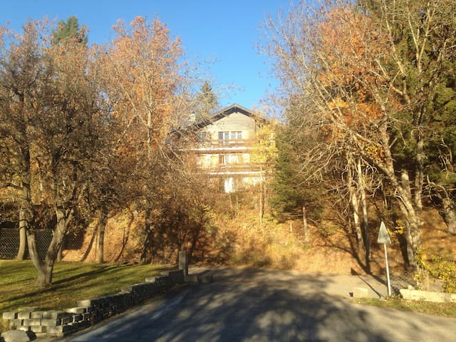 Spacious Chalet with panoramic view - Arbaz - Chalet