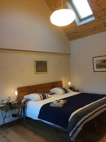 Chambre independante bord de mer. Cosy  bedroom