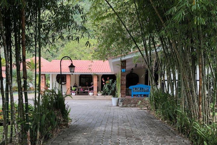 Hacienda El Mendocino - Villa Campestre