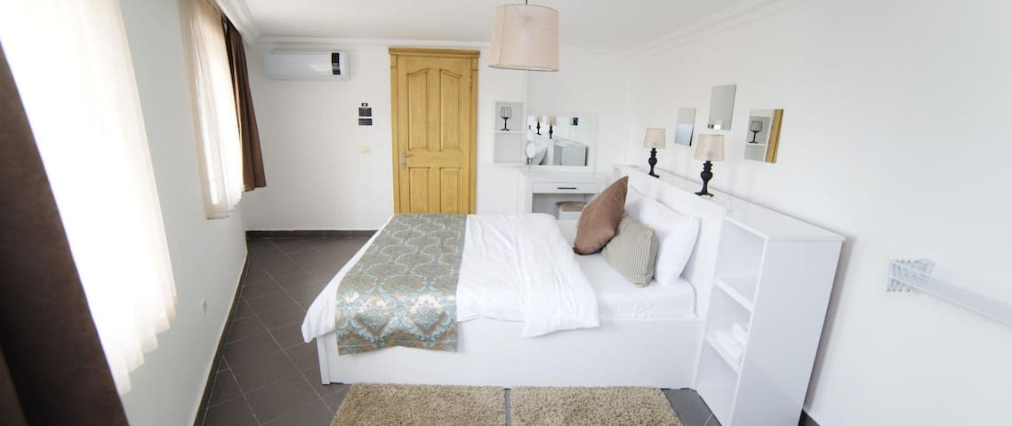 Kitchenette Suite Room - City Centre