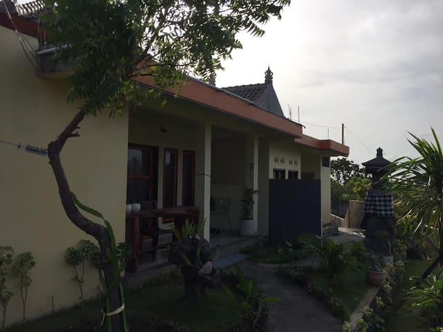 Tulamben  Guest House