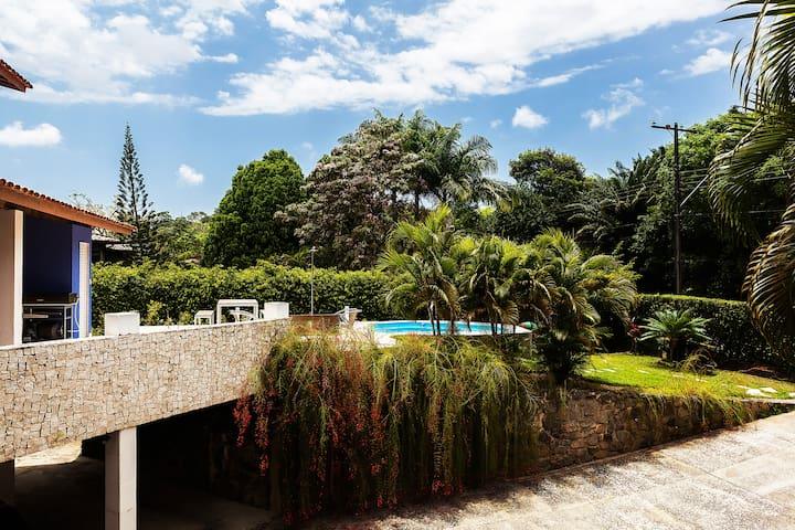 Casa HomeStay - Com reservas naturais
