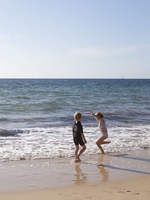 Glenelg beach is great for kids, less than a minutes walk from the Quarterdeck