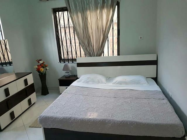 Imperial One Bed in Osu Made.