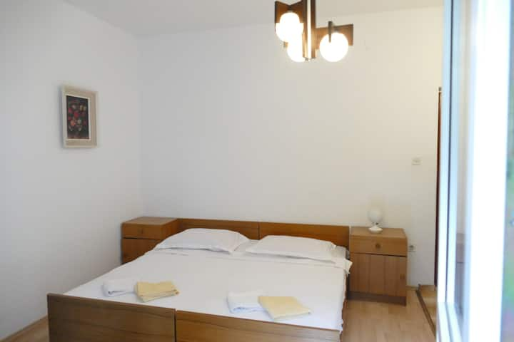 Studio apartment with balcony No. 2